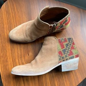 Sam Edelman Tan Booties with Back Print